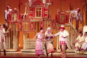 Театр музыкальной драмы и комедии им. Ю.Ахунбабаева - фото