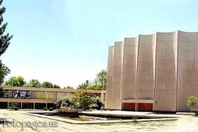 Дворец кино им. Алишера Навои - фото